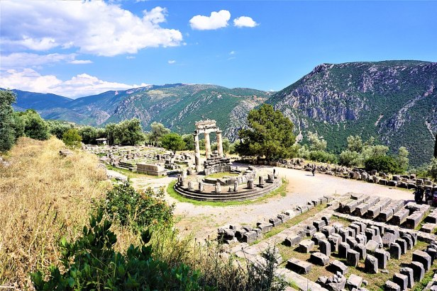 Temple of Athena Pronaia - Delphi