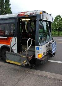 Wheelchair lift - Wikipedia