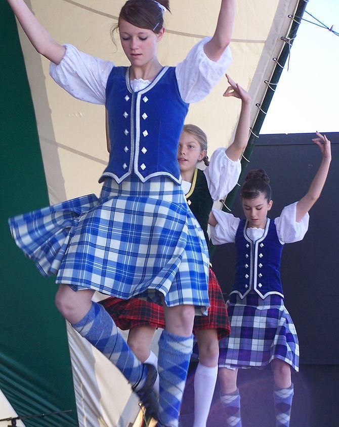 Girls from the Brazier School of Highland Danc...