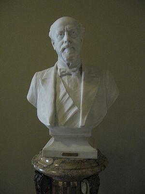 Español: Busto del ex presidente argentino Jul...