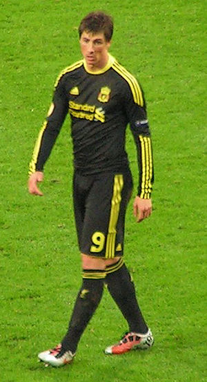 Fernando Torres in a Europa League match vs Ut...