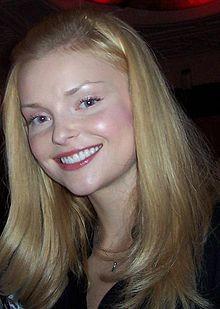 Izabella Miko  Wikipdia
