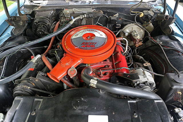 File:Oldsmobile Rocket 455 V8 Engine In A 1968 Delmont 88