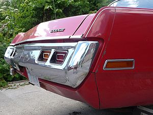 English: Rear bumper on a 1971 Dodge Dart