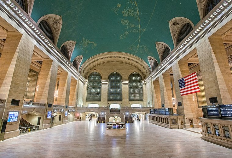 File:GCT in Blizzard of 2015.jpg