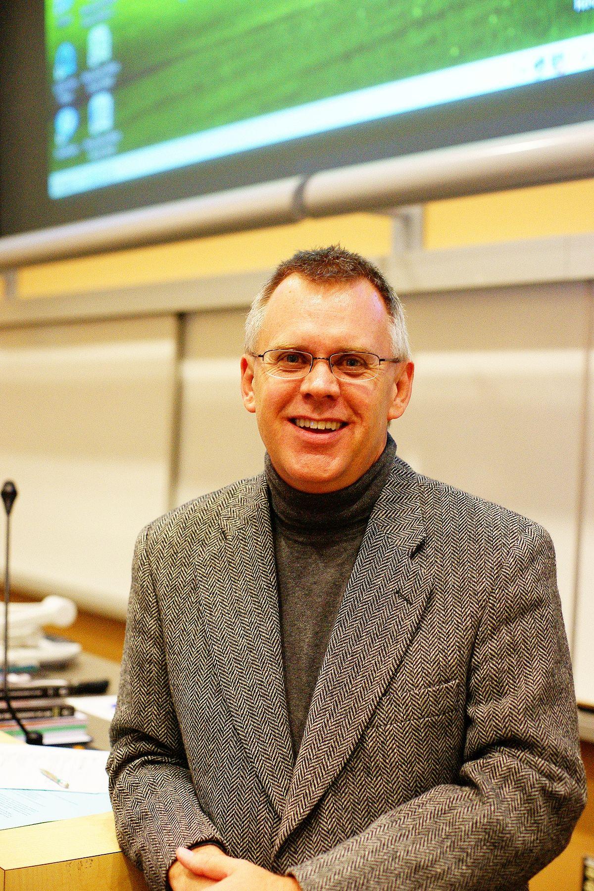 Andrew David Irvine  Wikipedia