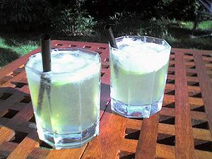 "Zwei Cocktails ""Leap Frog"""