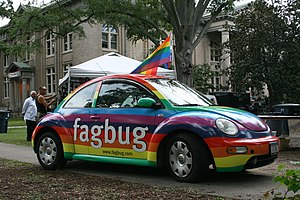English: Fagbug, a VW New Beetle from New York...