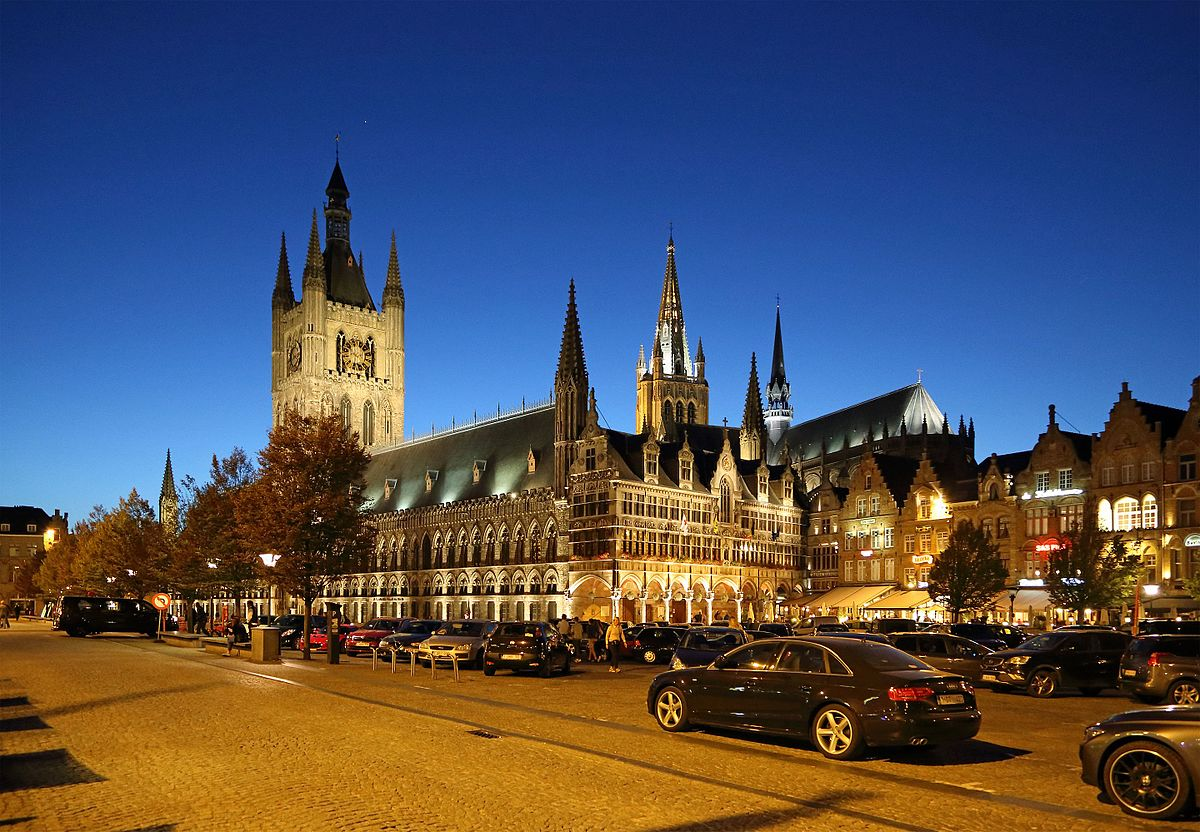 Ypres Cloth Hall  Wikipedia