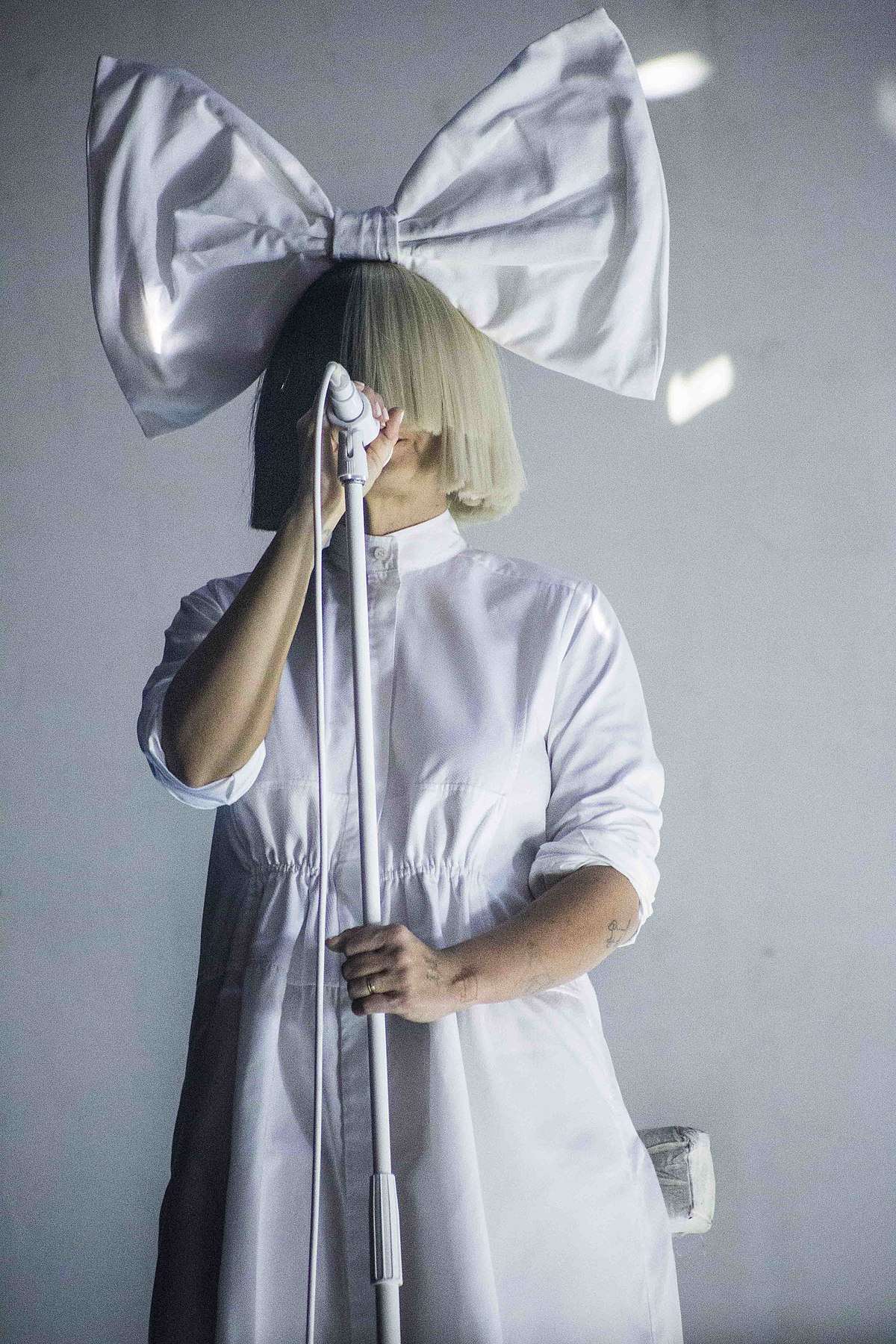 Sia Real Name : (musician), Wikipedia