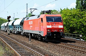 The Deutsche Bahn locomotive 152 085-7 of the ...