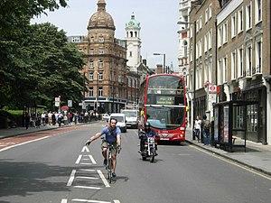 English: St John Street, Islington Looking tow...