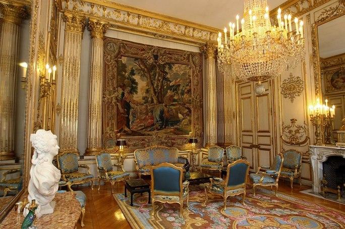 Salon Elysée 326