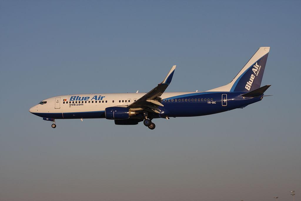 1024px-Boeing_737-800_%28YR-BIC%29 Cyprus Airways nuove partnership in arrivo