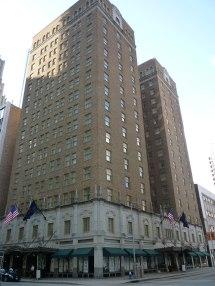 Club Quarters Hotel Houston - Wikipedia