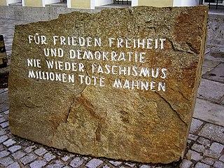Für Frieden, Freiheit und Demokratie nie wieder Faschismus.  Millionen Tote Mahnen