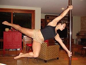 Português: Rafaela Montanaro pole dancer brasi...