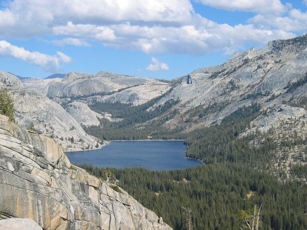Tenaya Lake - Wikipedia
