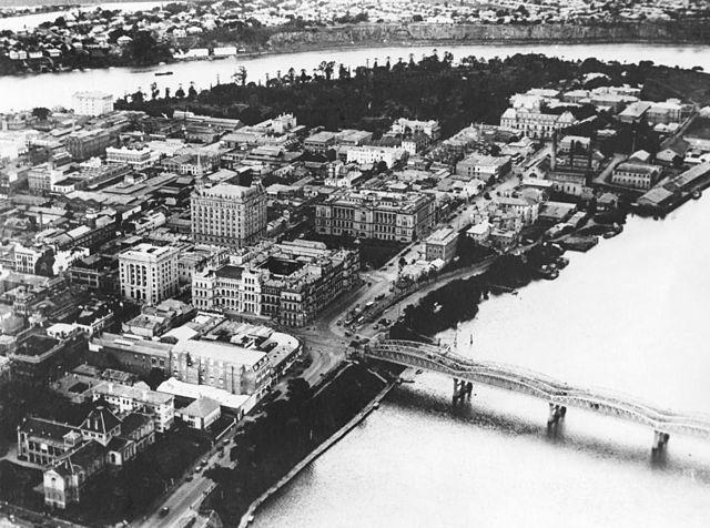 StateLibQld 1 203240 Aerial view of Brisbane, ca. 1934