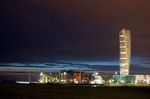 Turning Torso and Västra Hamnen by night.