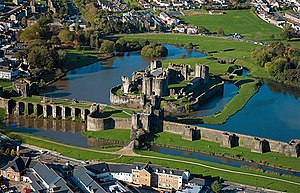 English: Caerphilly Castle