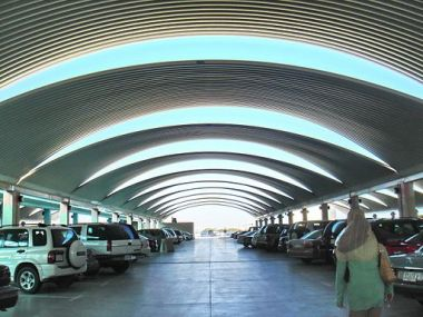 Kuwait International Airport - Parking