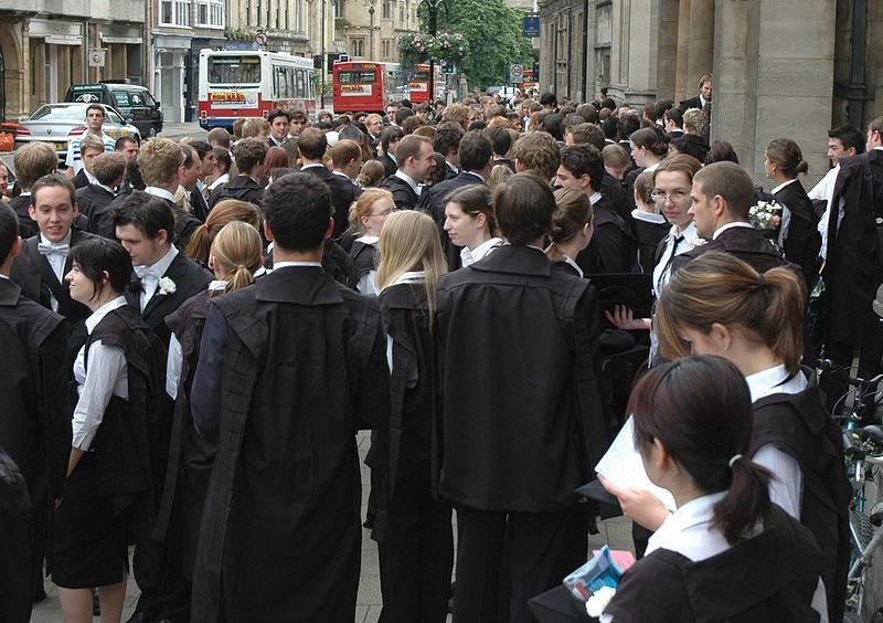 File:Students Oxford University.jpg