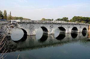 Tiberius-Brücke in Rimini 14-21 n.Chr.