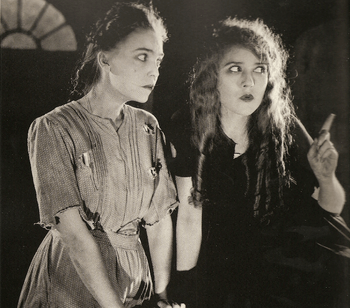 """ZaSu Pitts and Mary Pickford in the film """"..."""