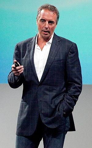 English: Dan Buettner speaking at The UP Exper...