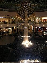 Trumbull Shopping Park : trumbull, shopping, Freehold, Raceway, Wikipedia