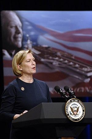 English: Washington, D.C. (Jan. 16, 2007) - Su...