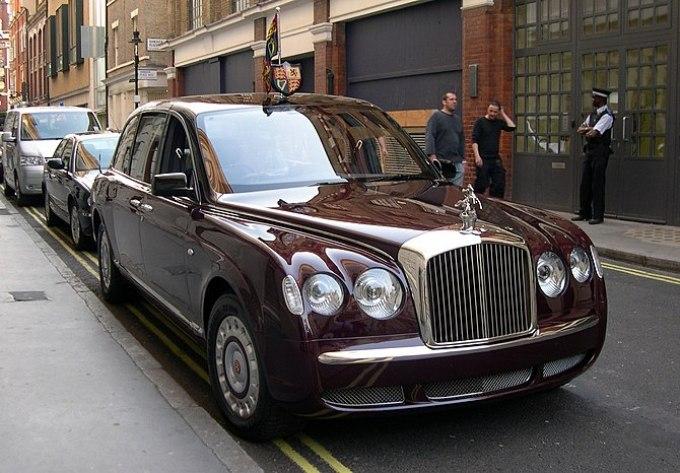 Queen Elizabeth II's 2002 Bentley State Limous...