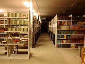 English: Wroughton book store