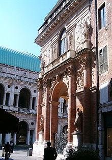 Palazzo del Capitaniato  Wikipedia