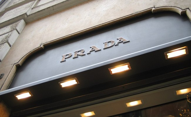 Prada Wikipedia