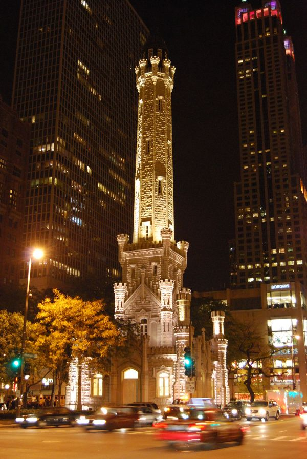Chicago Water Tower - Wikipedia