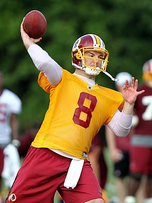 English: Rex Grossman practicing at quarterbac...