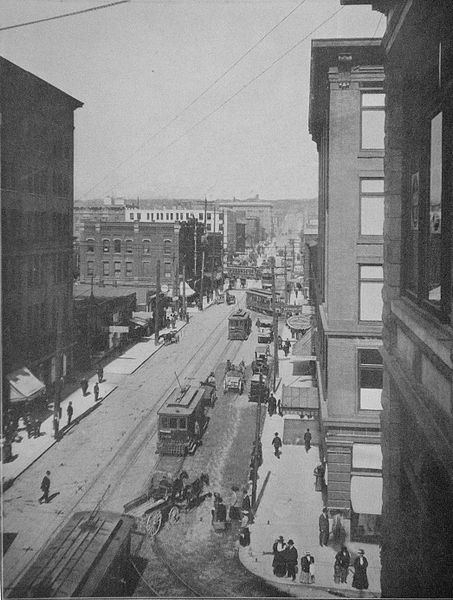 File:Seattle - Pike Street 1909.jpg