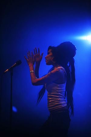 Amy Winehouse at the Eurockéennes of 2007