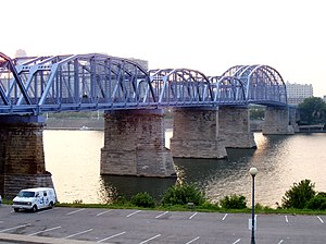 Cincinnati-truss-taylor-southgate-bridge