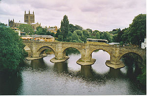 English: Hereford Cathedral and Wye Bridge