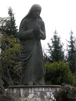 Mother Theresa statue, Struga