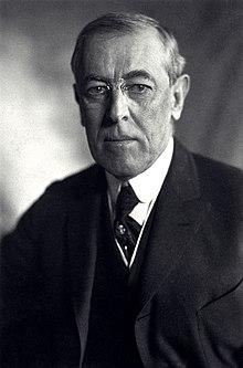 Thomas Woodrow Wilson, Harris & Ewing bw photo portrait, 1919.jpg