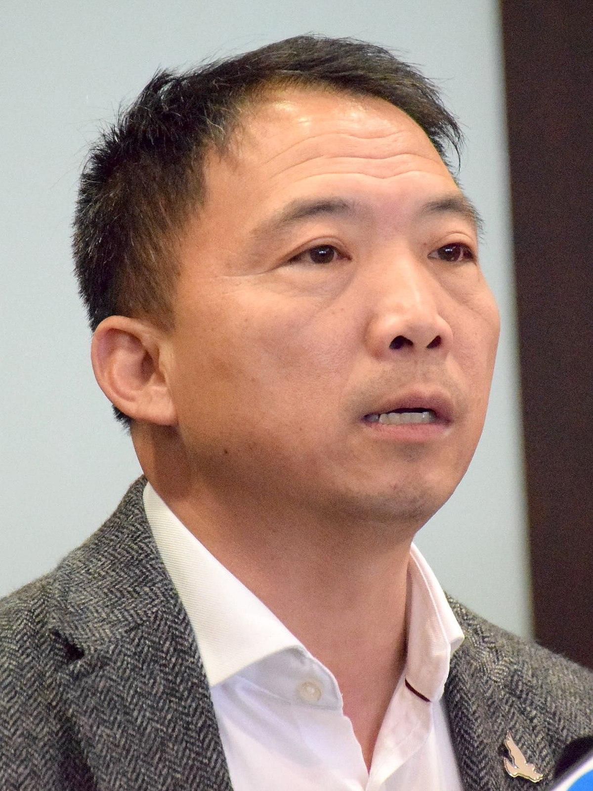 胡志偉 (政治人物) - 維基百科,自由的百科全書