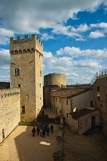 Castello di Staggia Senese  Wikipedia