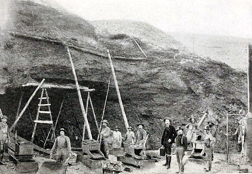 Klondike mining, c.1899