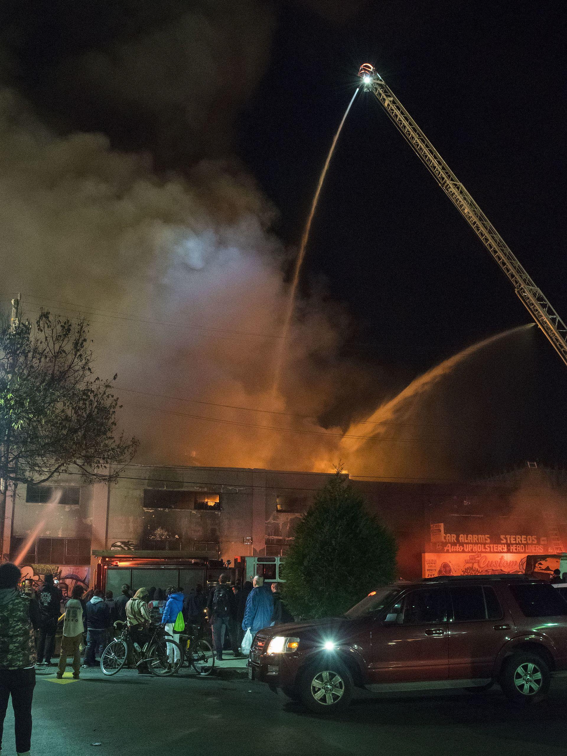 2016 Oakland warehouse fire  Wikipedia