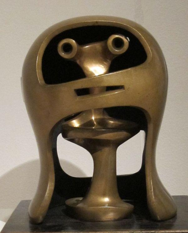 File 'helmet Head . 2' Bronze Sculpture Henry Moore