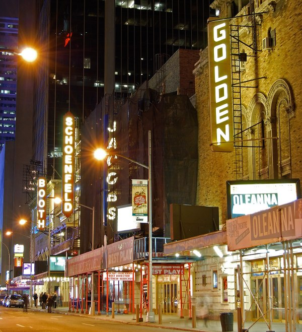 Broadway Theatre - Wikipedia